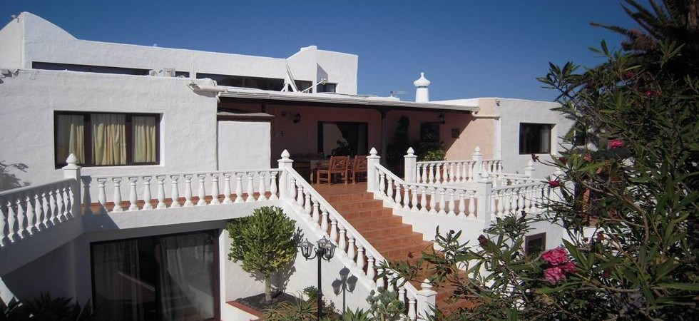 Reduced Price: Very large house in Las Cabreras