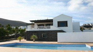 Reduced price: Large villa in La Asomada