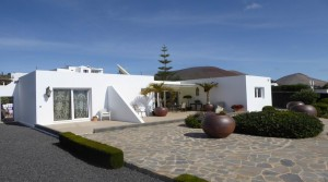 Modern Villa with stunning views in Conil