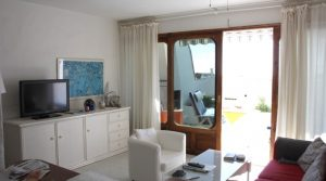 1098-(3) buy property lanzarote house