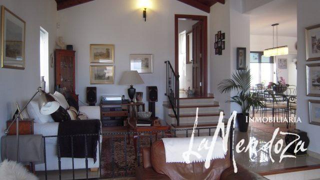4268-(1) buy property lanzarote house
