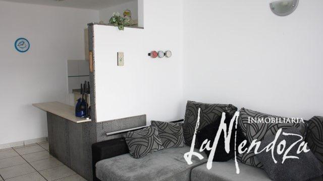 1096-(2) lanzarote puerto del carmen apartment selling