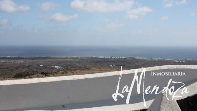 4276- (7)Lanzarote purchase property