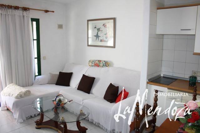 Kl Reihenhäuschen in Playa Honda – Immobilien La Mendoza