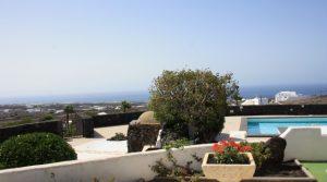4283-(2) Lanzarote buy villa house haus