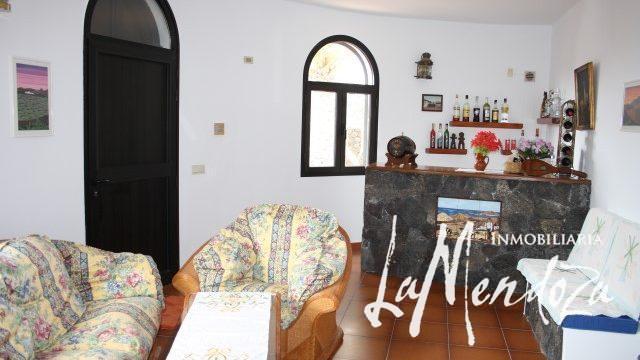 4287-(8) Lanzarote buy villa house haus