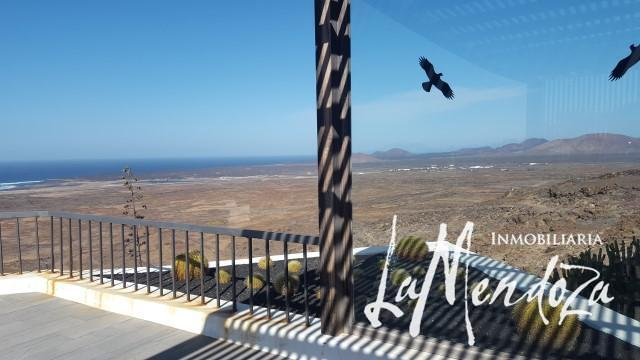 4288-(8) Lanzarote Immobilien Haus kaufen Villa real estate