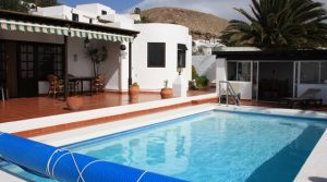 4289-(11) Lanzarote buy villa house haus