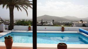 4289-(8) Lanzarote Immobilien Haus kaufen Villa real estate